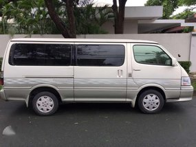Toyota Hiace 2000 model for sale