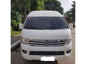 Selling 2nd Hand 2014 Foton View Traveller Van at 50000 km Diesel Manual