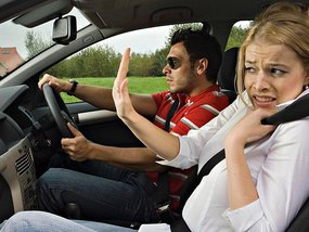 How to be a good car passenger: 7 Dos & Don'ts to remember