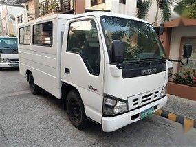 2007 Isuzu NHR for sale