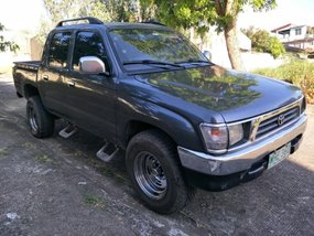Toyota Hilux 4x2 1999 for sale