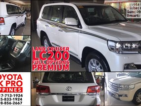 Selling Brand New 2019 Toyota Land Cruiser in Manila