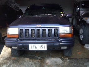 Selling 2nd Hand (Used) Jeep Cherokee 2000 in Quezon City