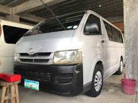 2010 Toyota Hiace Commuter for sale