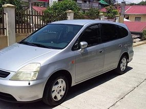 Selling Used Honda Stream 2000 in Quezon City