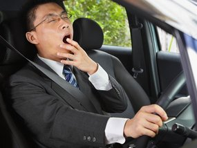 Drowsy driving: What are the risks and 10 ways to stay awake