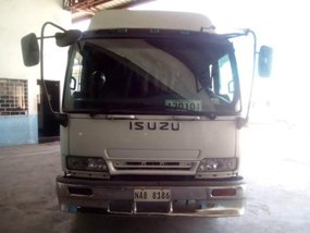 2nd Hand Isuzu Forward 2016 for sale in Guiguinto