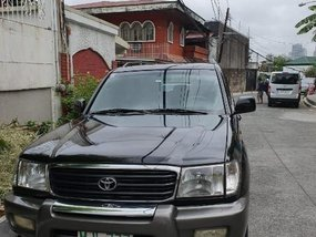 Selling Toyota Land Cruiser 2000 in Muntinlupa