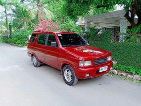 Sell Red 2000 Isuzu Hi-lander Crosswind Manual Diesel