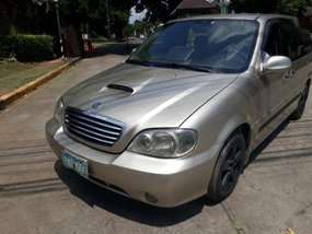 Selling 2001 Kia Carnival for sale in Teresa