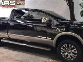 Selling Brand New Nissan Titan 2019 in Quezon City