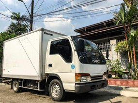 2nd Hand Isuzu Elf 2016 Van for sale in Marikina