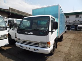 2nd Hand 2018 Isuzu Elf Van for sale in Caloocan