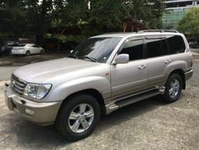 Selling Used Toyota Land Cruiser 2003 in Pasig