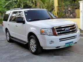Selling White 2011 Ford Expedition Automatic Gasoline