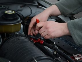 A Proper Way to Check Car Battery Water Levels