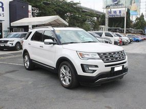 White Ford Explorer 2017 for sale in Muntinlupa