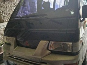 For sale Used 2001 Mitsubishi L300 Manual Diesel at 130000 km in Marikina