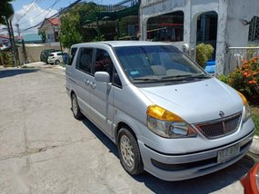 Selling Used Nissan Serena 2004 in Parañaque