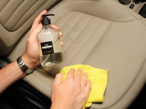 Do's and Don'ts of Leather Car Seat Cleaning