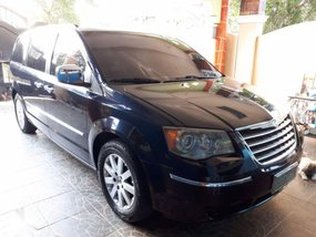 2010 Chrysler Town And Country for sale in Dasmariñas