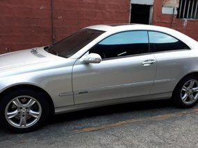 Selling Mercedes-Benz 240 2004 at 72000 km in Pasig