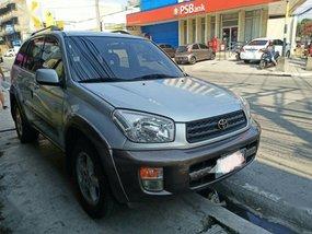 Selling 2nd Hand Toyota Rav4 2000 in Malabon