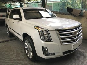 Sell 2nd Hand 2017 Cadillac Escalade at 10000 km in Quezon City