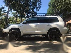 Selling 2nd Hand Toyota Land Cruiser 2008 Automatic Diesel at 110000 km in Batangas City