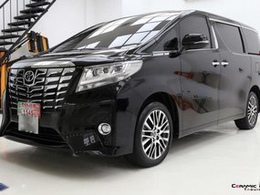 Selling 2nd Hand Toyota Alphard 2017 Automatic Gasoline at 7000 km in Makati
