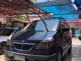 2nd Hand Nissan Serena 2004 at 93000 km for sale