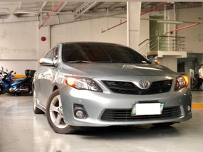 Selling Toyota Altis 2012 Automatic Gasoline for sale in Makati