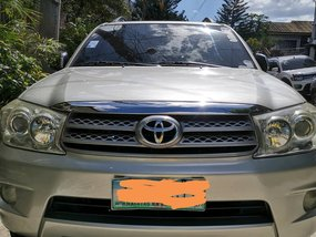 Selling Silver Toyota Fortuner 2009 Automatic Diesel