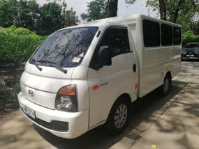 Selling 2nd Hand Hyundai H-100 2014 in Marikina