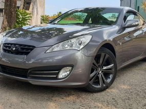 Selling 2nd Hand Hyundai Genesis 2011 in Quezon City