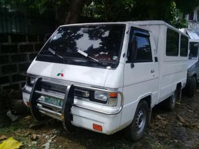 Selling 2nd Hand Mitsubishi L300 1999 Manual Diesel at 100000 km in Caloocan