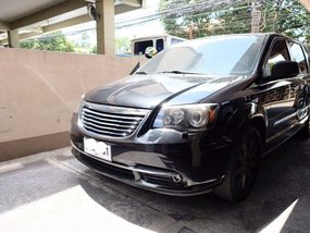 Selling Chrysler Town And Country 2012 Automatic Gasoline in San Juan