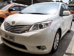 Sell 2015 Toyota Sienna 7000 km in Quezon City