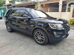 Selling Black Ford Explorer 2017 Automatic Gasoline at 20000 km