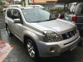 Selling Silver Nissan X-Trail 2015 Automatic Gasoline at 33391 km