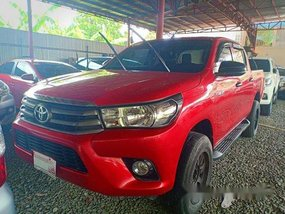 Selling Red Toyota Hilux 2018 in Manual
