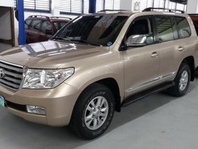 Selling 2nd Hand Toyota Land Cruiser 2011 in Manila