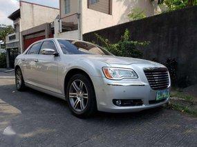 Selling Chrysler 300c 2013 Automatic Gasoline in Marikina