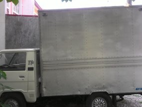 Selling 2nd Hand Mitsubishi L300 Van 1995 at 130000 km