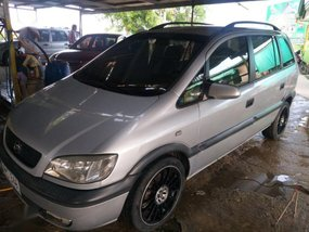 Used Chevrolet Zafira 2004 Automatic Gasoline for sale in Arayat