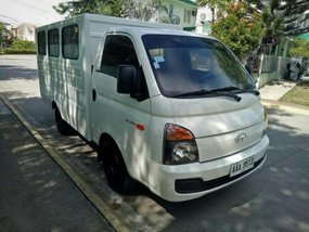 2nd Hand Hyundai H-100 2014 for sale in General Trias
