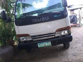 Selling 2nd Hand Isuzu Elf 1999 Manual Diesel at 110000 km in Narvacan