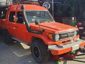 Selling Used Toyota Land Cruiser 2011 in Laoag