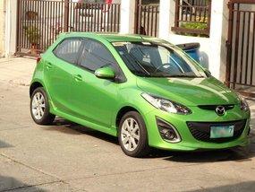 Selling 2nd Hand Mazda 2 2013 Hatchback in Las Piñas