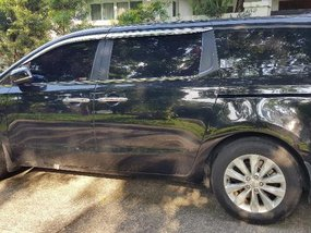 Sell 2nd Hand 2016 Kia Carnival Automatic Diesel in Angeles